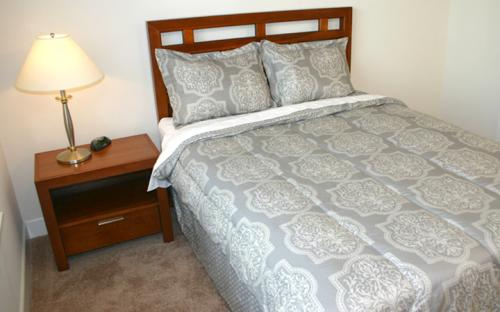 standard st louis corporate housing furniture extended stay