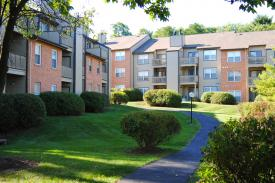 Westchase, Creve Coeur, MO - St. Louis Corporate Housing Photo